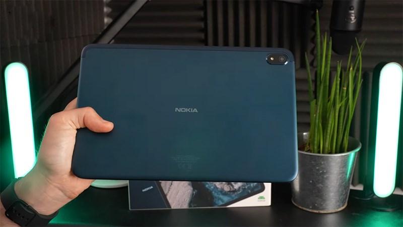 Nokia T20 có thiết kế mặt sau đơn giản, không quá nổi bật
