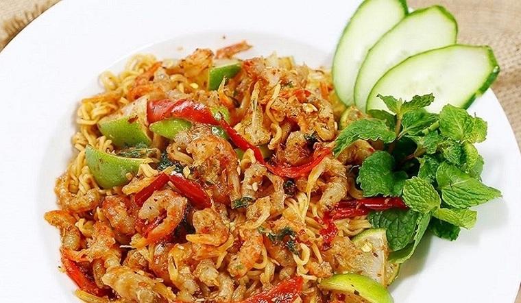 Công thức làm mì trộn chua cay Thái Lan thơm ngon bùng vị đơn giản tại nhà