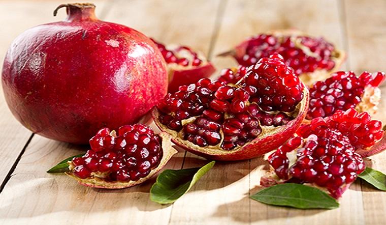 Bạn đã biết cách dùng trái lựu để trị thâm, chống lão hóa cho da?