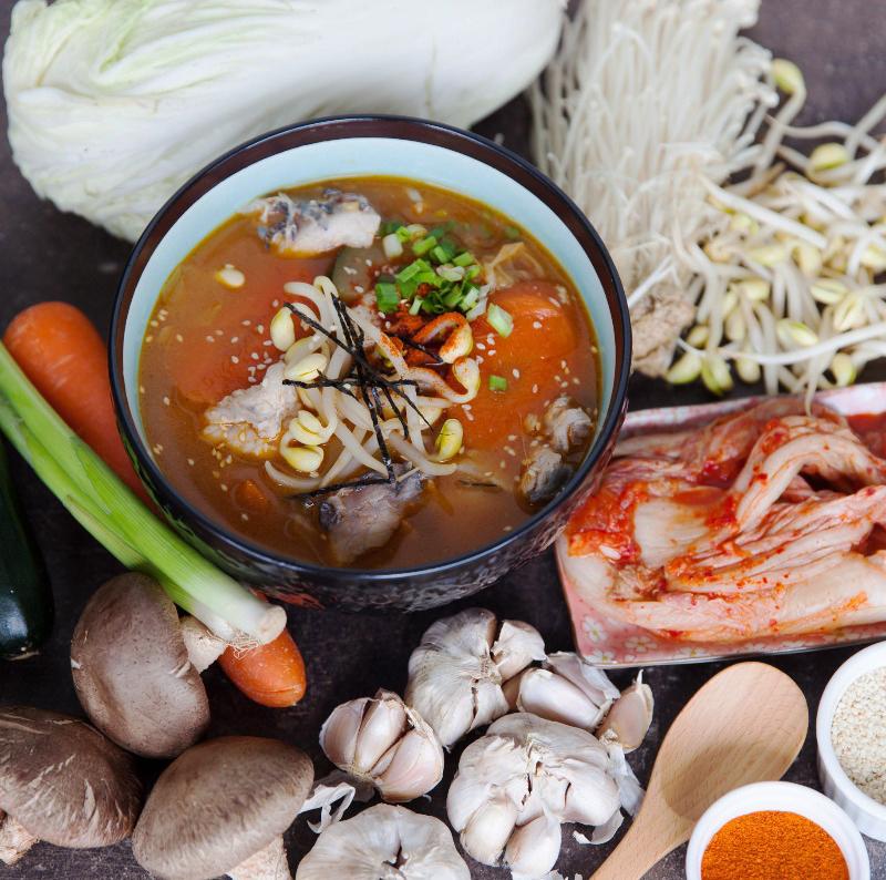 Gia vị nêm sẵn nấu lẩu kim chi Aji-Quick gói 46g | Món Miền Trung