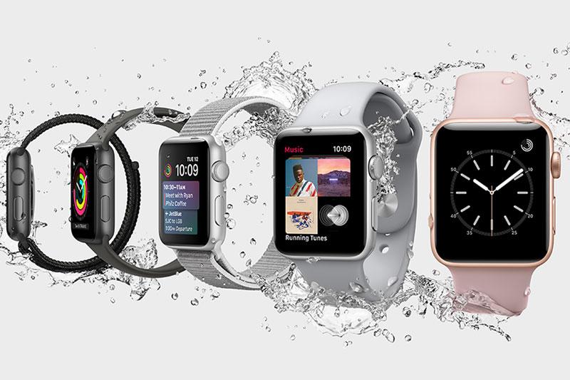 Khả năng chống nước của Apple Watch S3 GPS, 42mm viền nhôm, dây cao su màu đen