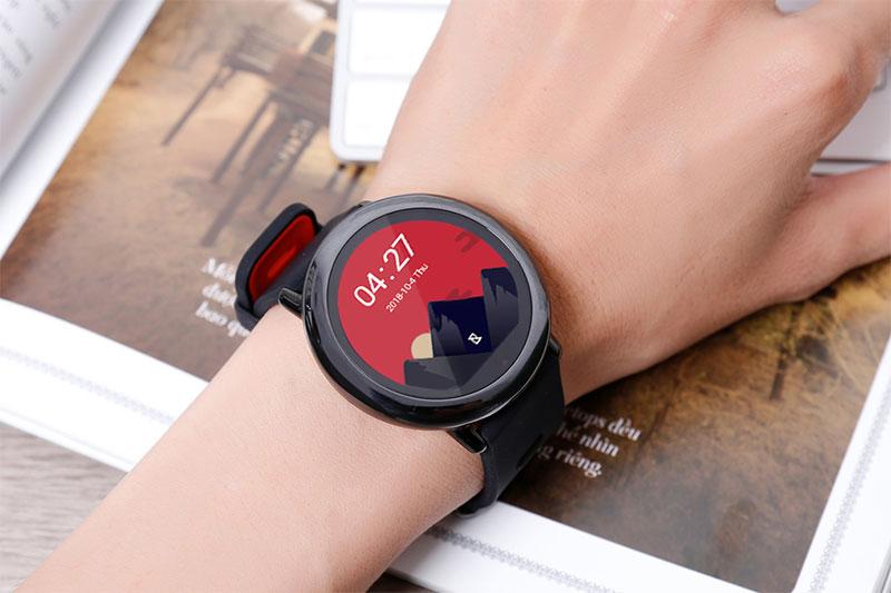 Smartwatch Xiaomi Amazfit Pace GPS Đen - Thiết kế đơn giản