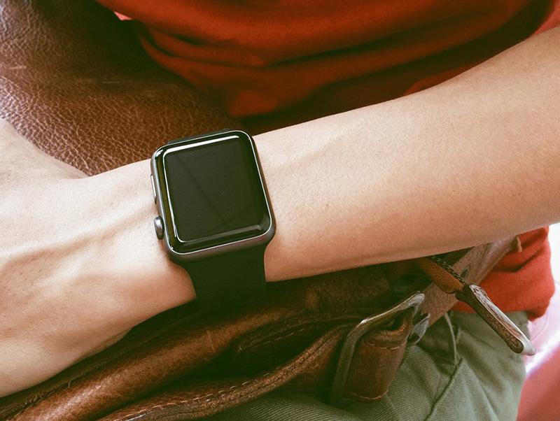 Apple Watch S1 42mm - Thiết kế thông minh
