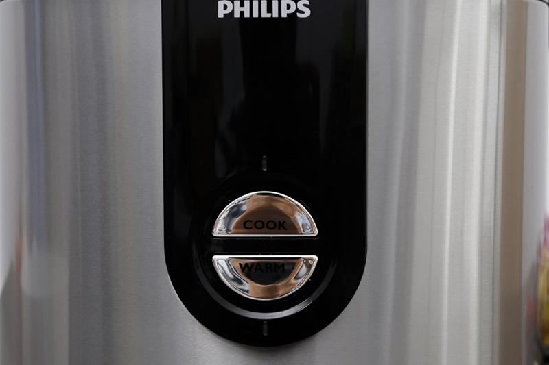 Nồi cơm điện Philips 2 lít HD3132/66 Bạc