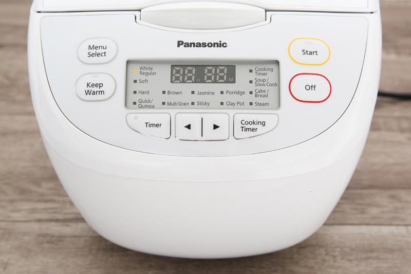 Hiện đại, tiện dụng - Nồi cơm điện tử Panasonic 1.8 lít SR-CL188WRA