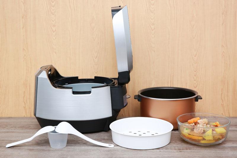 Tặng kèm xửng hấp, muỗng cơm, muỗng canh, cốc đong gạo - Nồi cơm điện tử Kangaroo 1.5 lít KG598