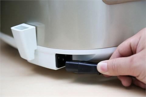 Nồi cơm điện Sharp 1.8 lít KS-TH18