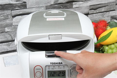 Nồi cơm điện Toshiba RC-18NMF(WT)V 1.8 lít