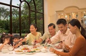 Dung tích nồi 5L là lựa chọn thích hợp cho gia đình đông người