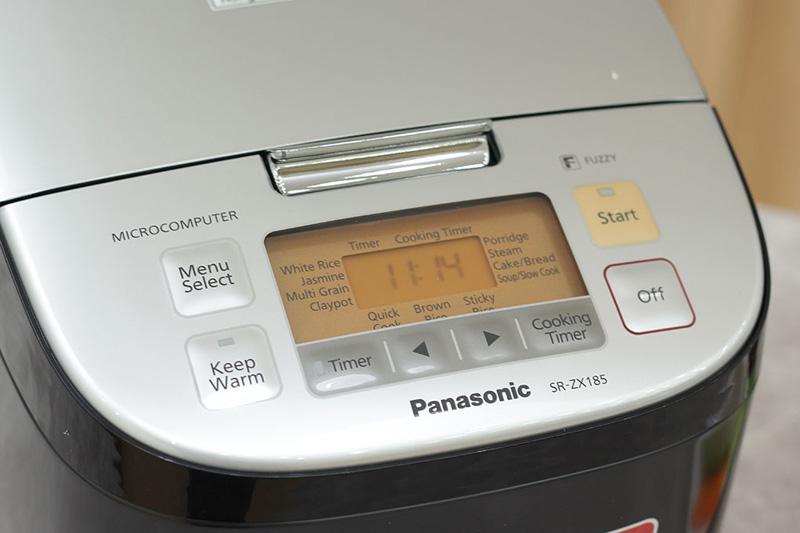 Bảng điều khiển điện tử hiện đại dễ sử dụng