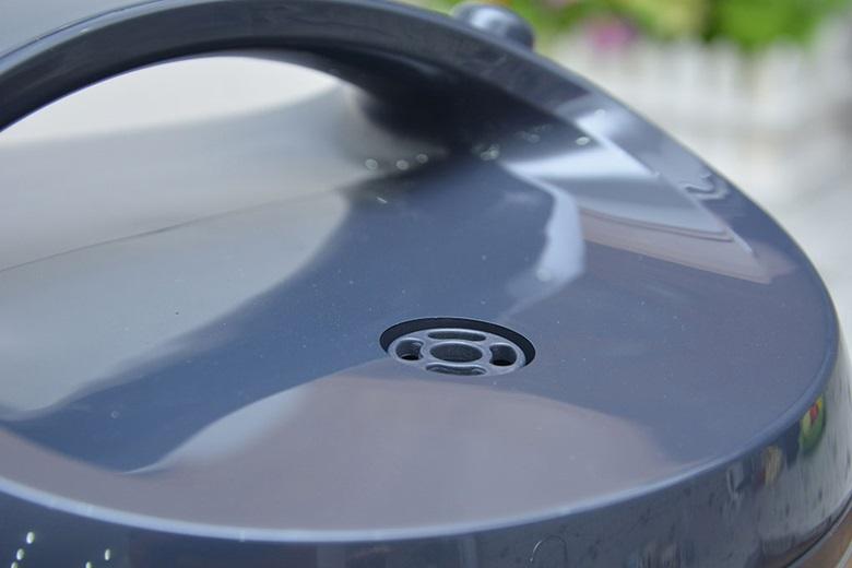 Nồi cơm nắp gài Sharp KS-NR191STV –  Nắp thoát hơi thông minh chống trào tốt