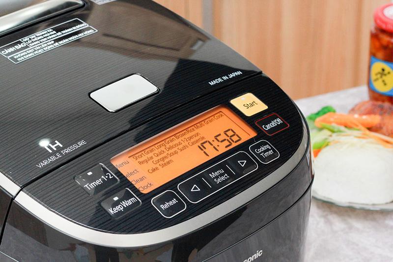 Nồi cơm điện với 11 chế độ nấu được cài đặt sẵn