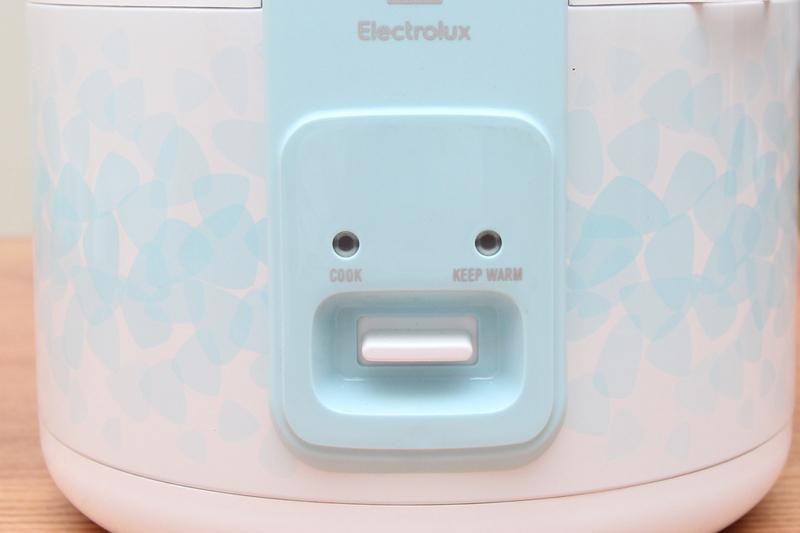 electrolux-erc3205-6