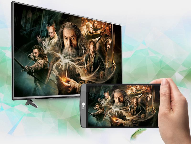 Smart Tivi LG 4K 43 inch 43UJ632T - Chiếu video, hình ảnh từ màn hình điện thoại lên tivi