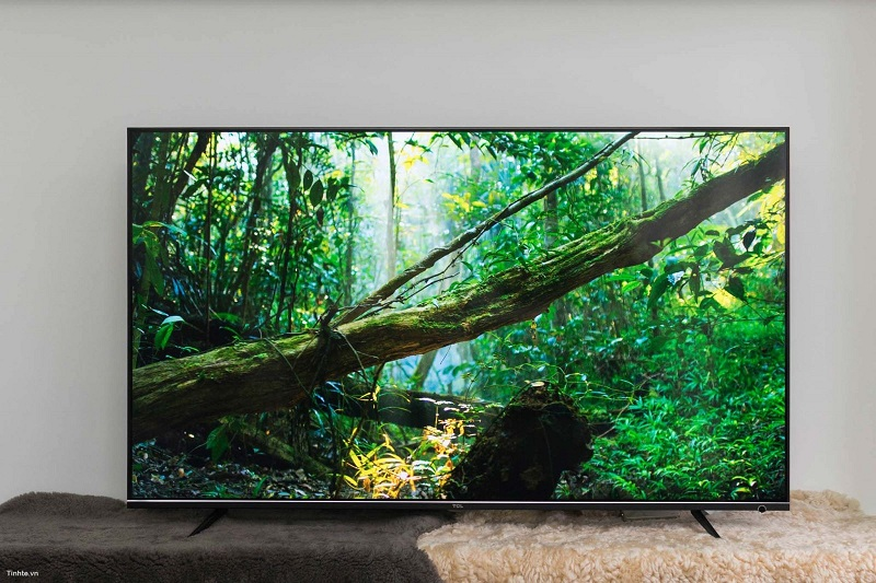 Smart Tivi TCL 4K 55 inch L55P6-UF – Thiết kế phong cách tối giản