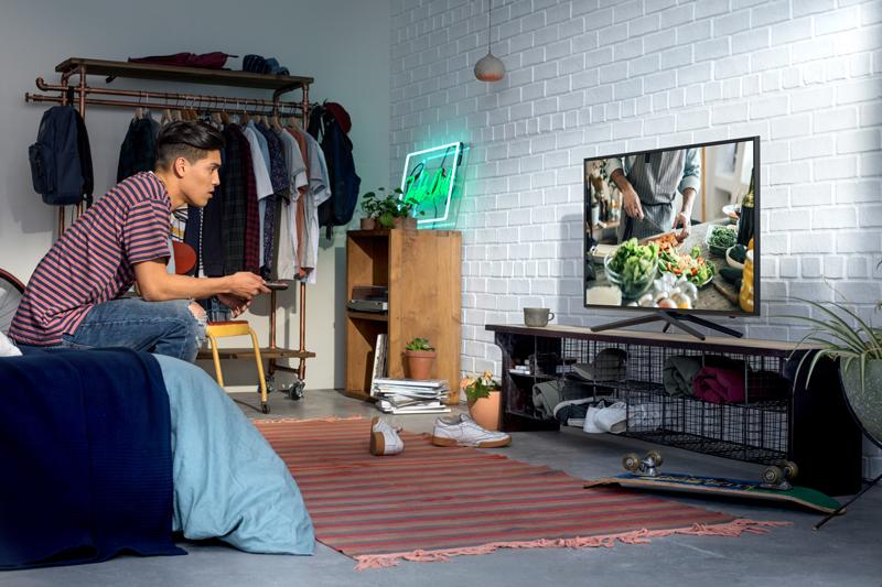 Thiết kế tinh tế, ấn tượng Smart Tivi Samsung 43 inch UA43N5500