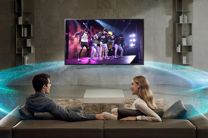 Âm thanh trong trẻo với công nghệ âm thanh Dolby Digital Plus Smart Tivi Samsung 32 inch UA32N4300