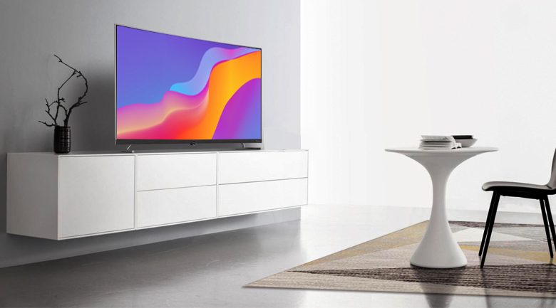 Thiết kế sang trọng, tinh tế trên Smart Tivi Cong TCL 4K 55 inch L55P5-UC