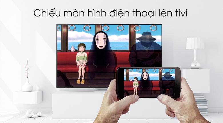 Smart Tivi Samsung 4K 50 inch UA50RU7200 - Chiếu màn hình điện thoại