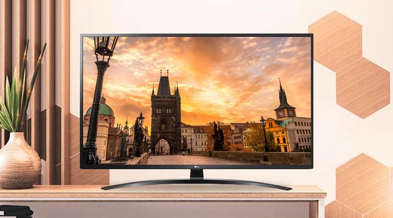 Smart Tivi LG 4K 49 inch 49UN7400PTA - Thiết kế tối giản, màu đen cuốn hút