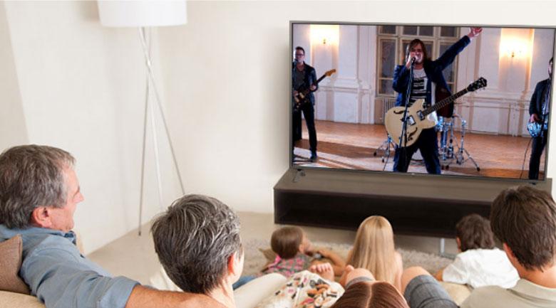 Smart Tivi LG 4K 43 inch 43UN7290PTF - Chế độ âm thanh vòm Ultra Surround