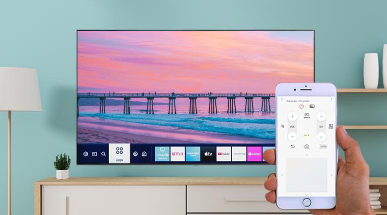 Smart Tivi Samsung 4K 70 inch UA70TU7000 - Dễ dàng điều khiển tivi qua điện thoại cùng ứng dụng SmartThings