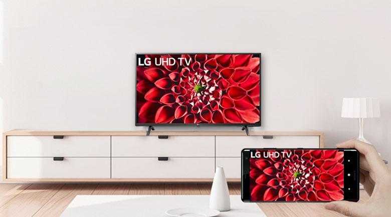 Smart Tivi LG 4K 70 inch 70UN7070PTA - Chiếu nội dung từ điện thoại lên TV