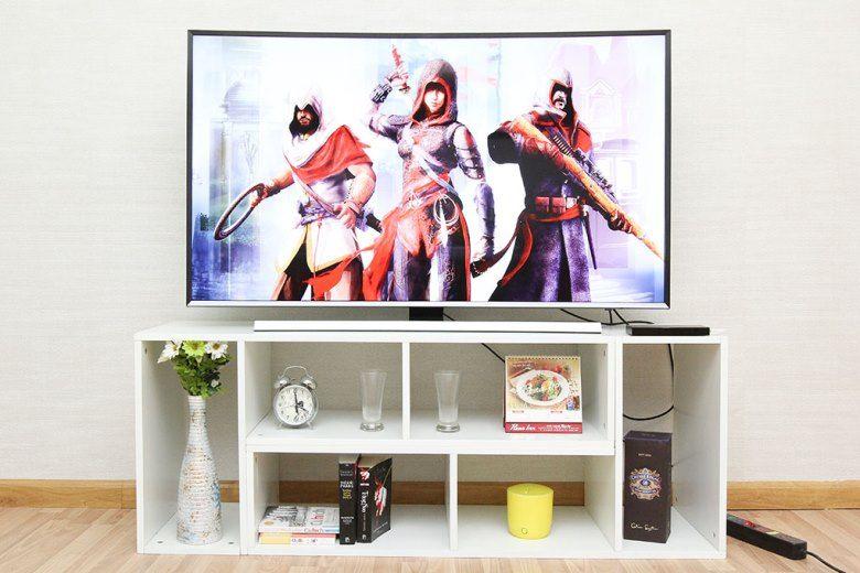Tivi thiết kế màn hình cong