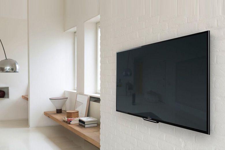 Tivi mỏng, dễ dàng treo tường, tiết kiệm không gian đặt