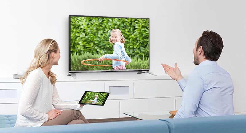 Internet tivi Panasonic 43 inch TH-43DS600V - Chiếu màn hình điện thoại lên tivi