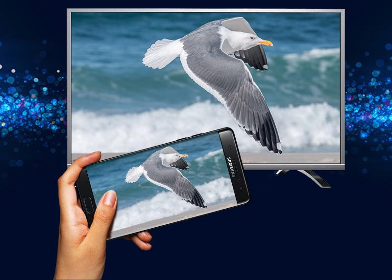 Internet Tivi Panasonic 43 inch TH-43DX400V - Chiếu màn hình điện thoại lên TV