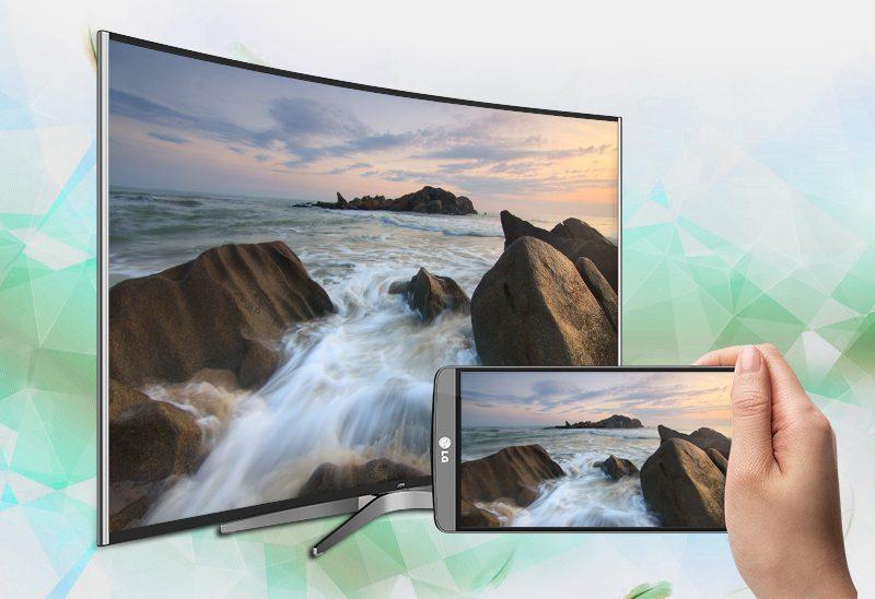 Smart Tivi Cong TCL 55 inch L55C1-UC-Chiếu màn hình điện thoại