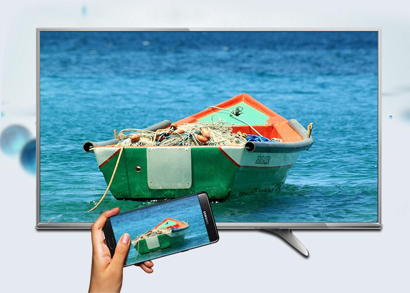 Smart Tivi Panasonic 55 inch TH-55DX650V - Chiếu màn hình điện thoại lên tivi