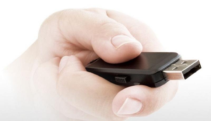 Smart Tivi OLED LG 55 inch 55B6T – Kết nối có dây linh hoạt