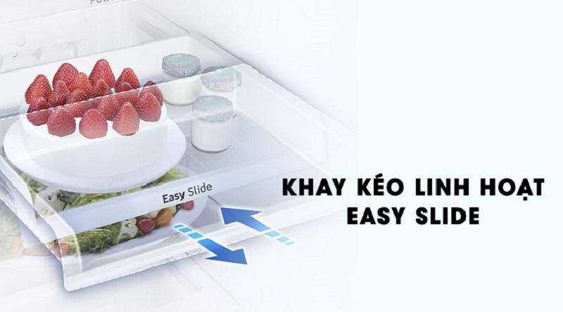 Khay kéo thiết kế di động có thể kéo ra dễ dàng - Tủ lạnh Samsung Inverter 236 lít RT22M4033S8/SV