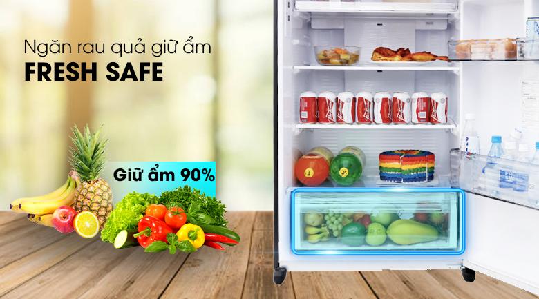 Ngăn rau quả giữ ẩm Fresh Safe - Tủ lạnh Panasonic Inverter 405 lít NR-BD468GKVN