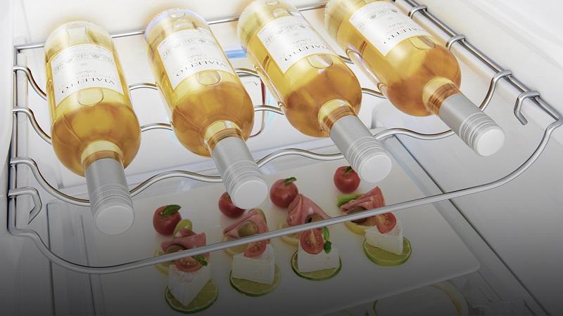 Tiện lợi với giá đựng rượu chuyên biệt