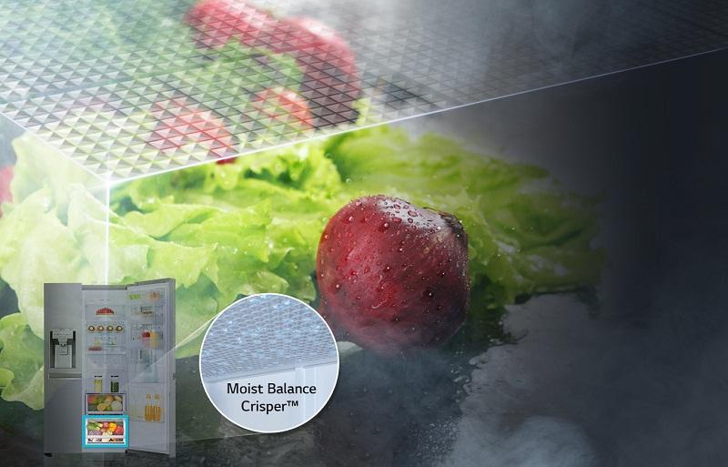 Ngăn rau củ với thiết kế cung cấp độ ẩm, cho rau củ luôn được tươi ngon, mọng nước