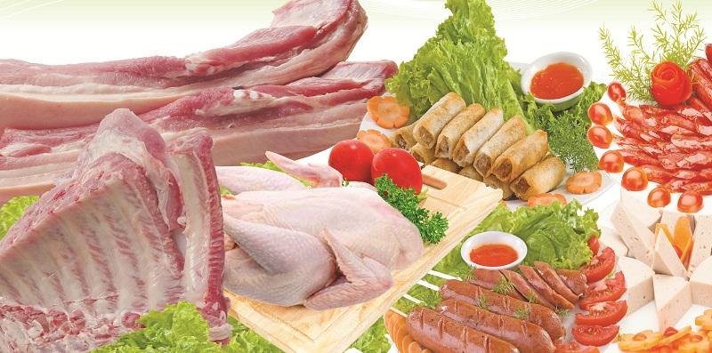 Ngăn kệ làm từ kính chịu lực chứa được nhiều thực phẩm
