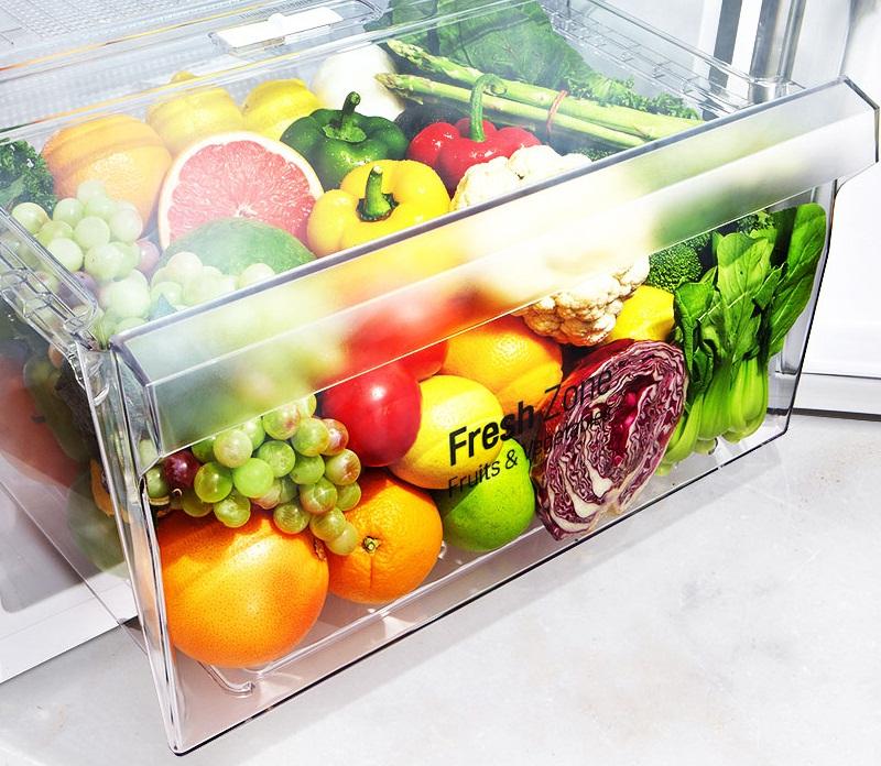 Ngăn rau củ kích thước lớn có khả năng cân bằng độ ẩm
