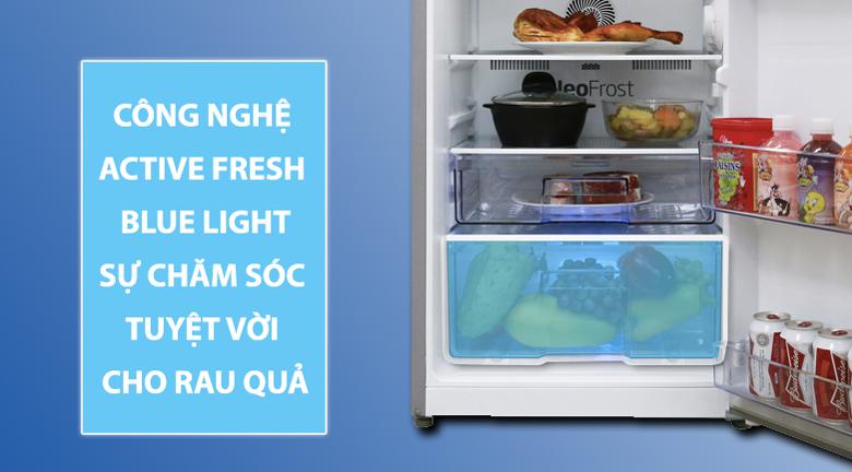 Giữ rau quả tươi ngon với Active Fresh Blue Light - Tủ lạnh Beko Inverter 200 lít RDNT200I50VS