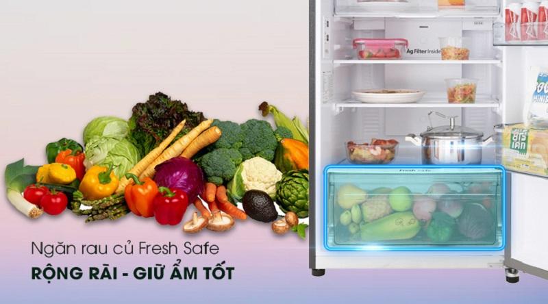 Bảo quản rau củ tốt hơn với ngăn giữ ẩm Fresh Safe - Tủ lạnh Panasonic Inverter 326 lít NR-BL359PKVN