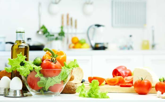 Công nghệ Active Fresh Blue Light giữ nguyên độ tươi ngon và vitamin C của rau củ - Tủ lạnh Beko Inverter 230 lít RDNT230I50VS