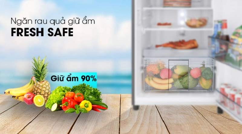 Ngăn chứa Fresh Safe giúp bảo quản rau củ quả lâu hơn - Tủ lạnh Panasonic Inverter 234 lít NR-BL267PKV1
