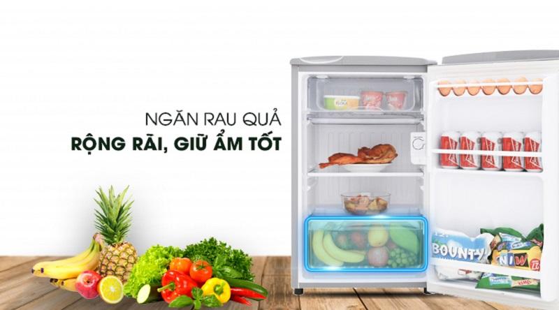 Ngăn giữ ẩm rau củ tiện lợi - Tủ lạnh Aqua 90 lít AQR-95ER (SS)