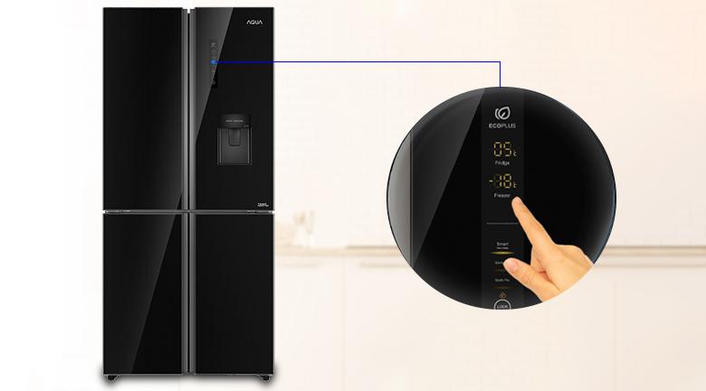 Bảng điều khiển cảm ứng dễ sử dụng - Tủ lạnh Aqua Inverter 456 lít AQR-IGW525EM GB