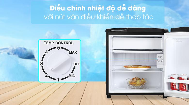 Tủ lạnh Aqua 50 lít AQR-D59FA(BS)-Điều chỉnh nhiệt độ dễ dàng với nút vặn điều khiển dễ thao tác