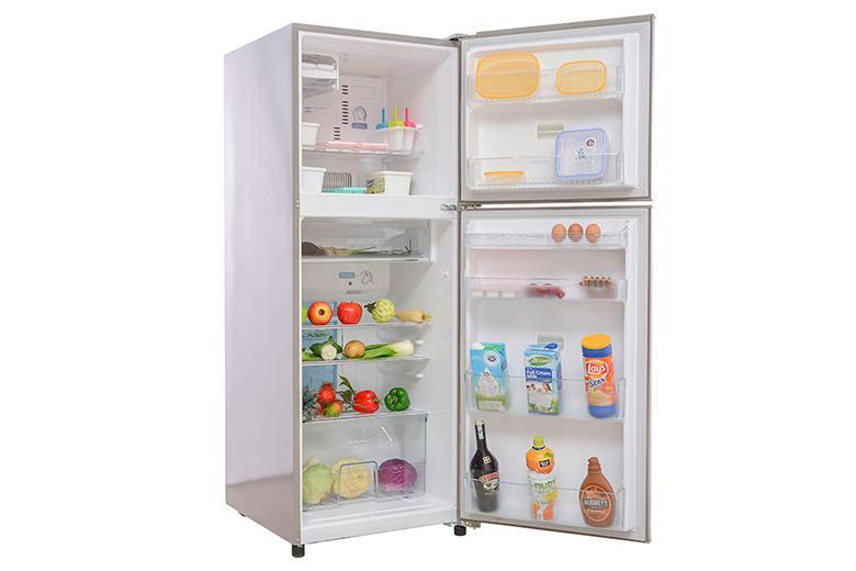 Tủ lạnh với hệ thống khay kệ hiện đại