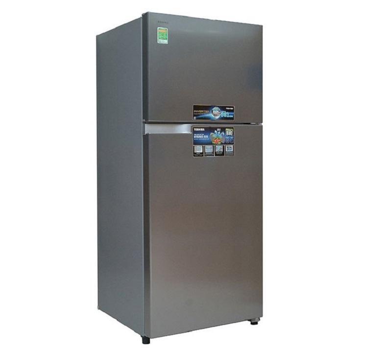 Tủ lạnh có thiết kế hiện đại, cứng cáp