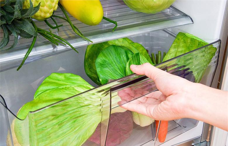 Ngăn rau quả có không gian chứa rộng